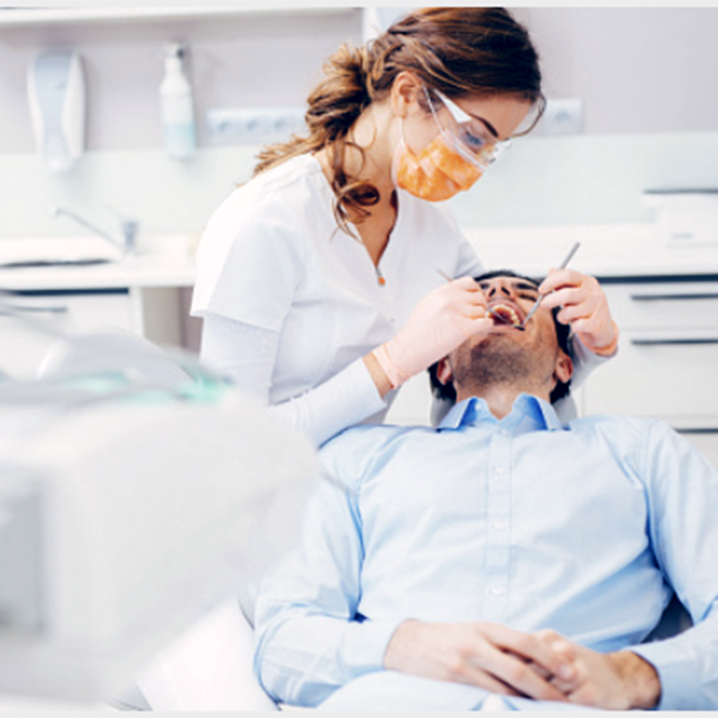 dentista-marbella-clinica-odontologia-implantologia-ortodoncia-dental